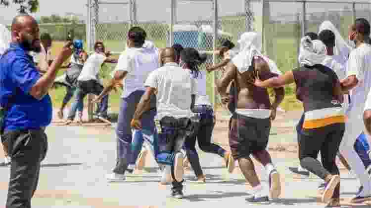 Haitianos foram deportados e chegaram desesperados em Porto Príncipe - Reuters - Reuters