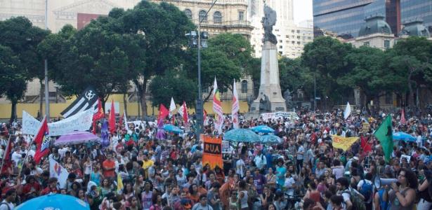 Protesto contra a PEC 241, na Cinelândia, no centro do Rio