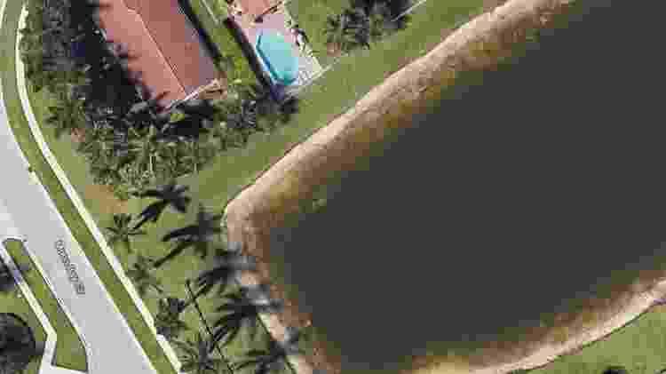 Imagens de satélite do Google revelaram carro afundado em lago da Flórida - Google Earth