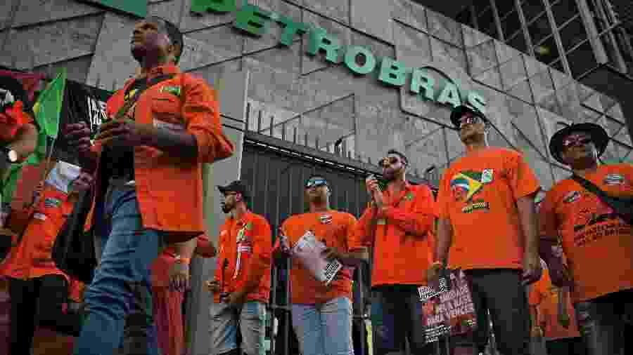 Greve Petrobras - CARL DE SOUZA / AFP