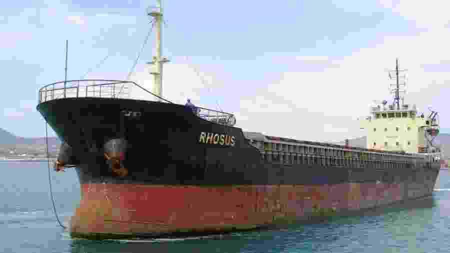 O MV Rhosus chegou a Beirute em 2013 com 2.750 toneladas de nitrato de amônio - EPA