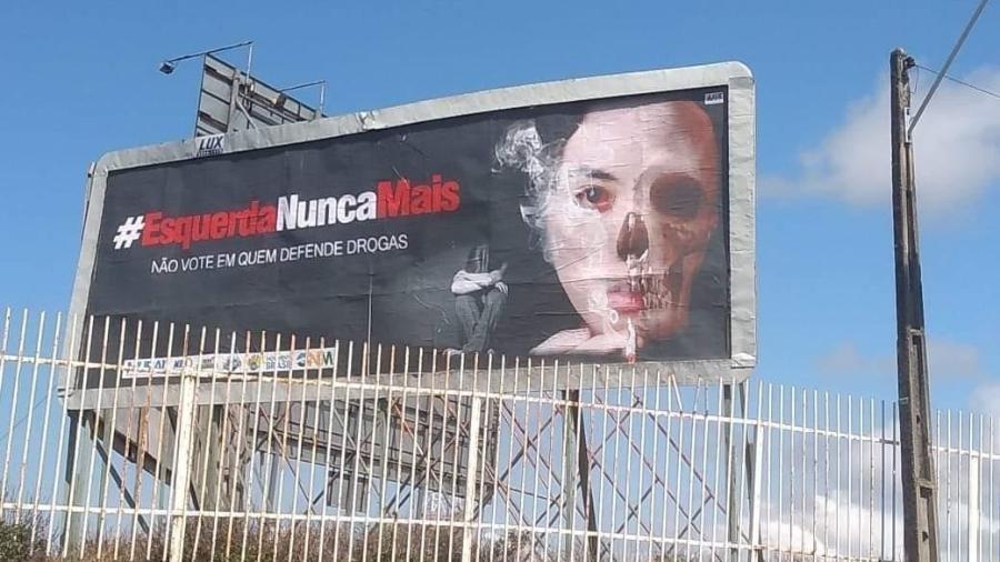 Outdoor colocado por movimento de ultradireita em Maceió - Reprodução da petição/PSOL