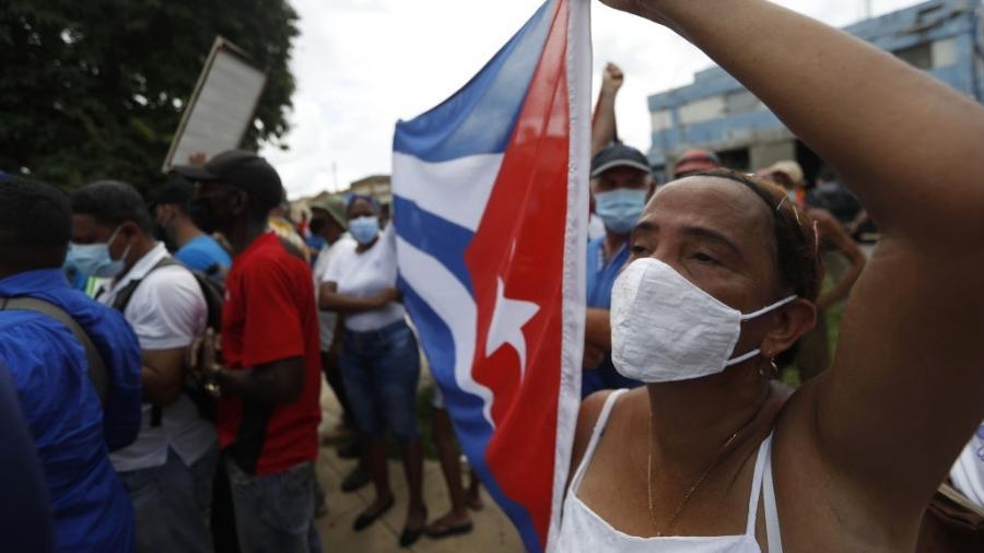 Protesto em Cuba durante o mês de julho - Anadolu Agency/Anadolu Agency via Getty Images