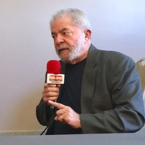 Defesa do ex-presidente Luiz Inácio Lula da Silva reafirmou a Moro que ele é suspeito para julgar o petista