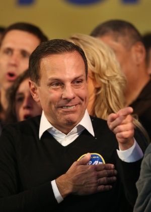 João Doria Jr (PSDB) comemora a vitória no primeiro turno das eleições