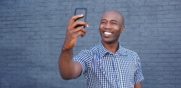 Selfie de segurança ajuda a evitar fraudes em transações pelo aplicativo de celular