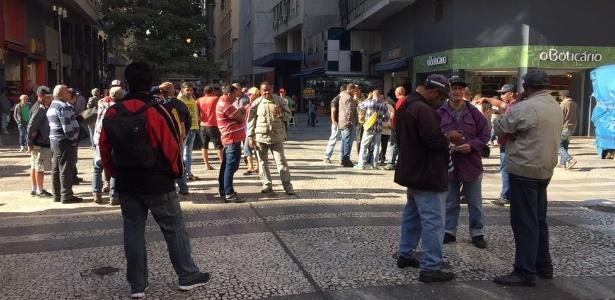 Segundo o IBGE, apenas no 1º trimestre deste ano a construção civil cortou 646 mil vagas - Leandro Machado/BBC Brasil