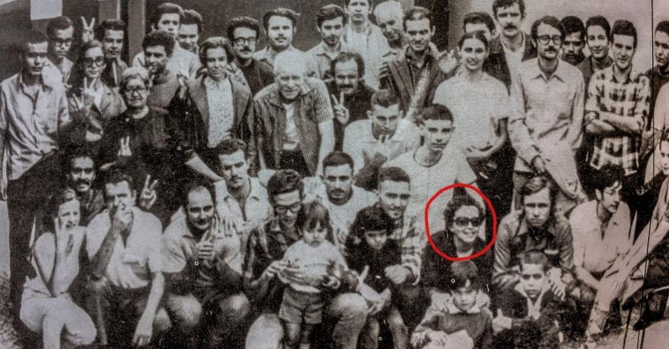 Após dois meses de torturas, Maria do Carmo Brito foi libertada em troca do embaixador alemão, sequestrado pela VPR; grupo de 40 presos políticos antes da partida para Argélia
