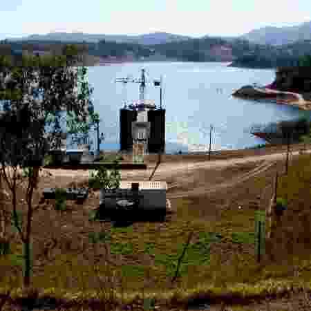 Arquivo - Vista da represa dos Rios Jacareí e Jaguari, do Sistema Cantareira, em Joanópolis (SP) - RENATO CÉSAR PEREIRA/FUTURA PRESS/FUTURA PRESS/ESTADÃO CONTEÚDO