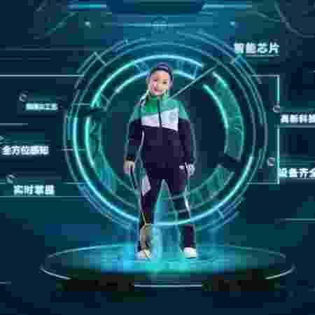 Uniforme inteligente feito pela Guanyu Technology é capaz de rastrear alunos e até saber se ele está dormindo durante a aula - Divulgação/Guanyu Technology