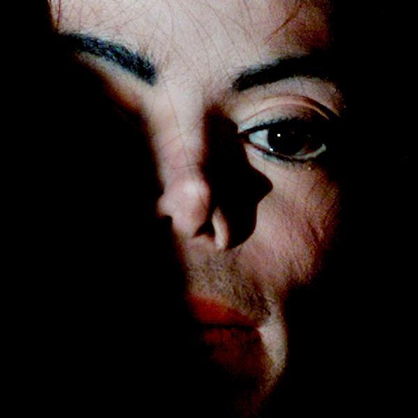 Foto de arquivo de Michael Jackson em Oxford, na Inglaterra, em 2001