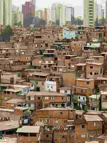 Vista da favela de Paraisópolis, na bairro do Morumbi, São Paulo - Eduardo Knapp/Folhapress
