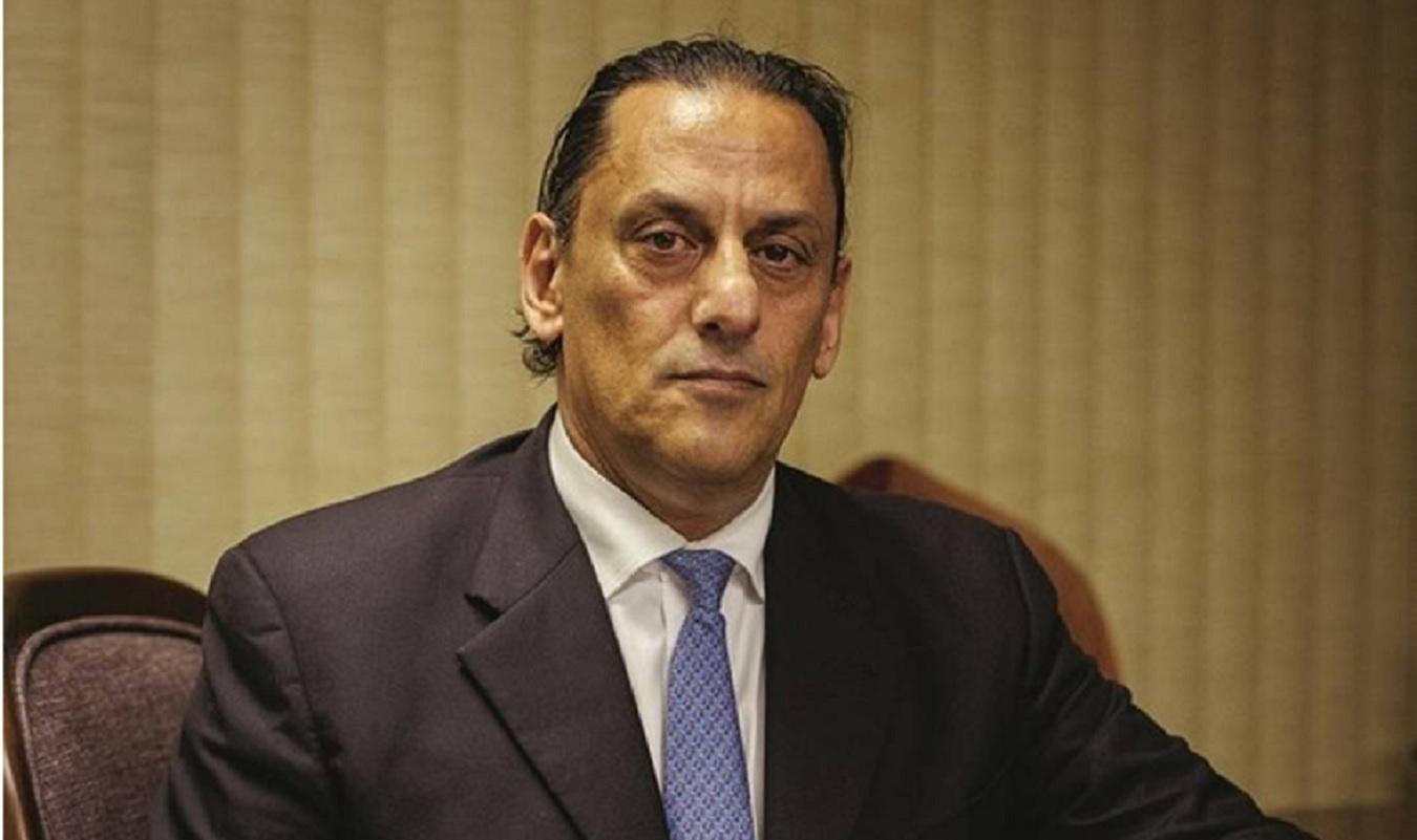 Frederick Wassef diz que abrigou Queiroz porque queriam matá-lo e ...