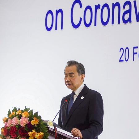 Wang pediu a Washington que remova as tarifas sobre os produtos chineses  - Phoonsab Thevongsa/Reuters