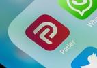Após casos de violência nos EUA, rede social Parler voltará à App Store (Foto: BackyardProduction/Getty Images)
