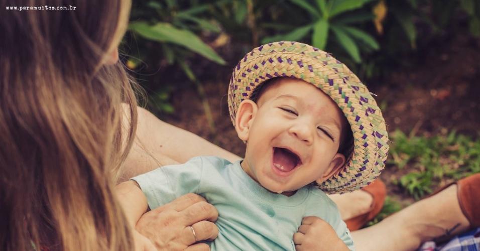 30.jun.2016 - Chocado com o surto de microcefalia na região Nordeste, em fevereiro, o fotógrafo Joelson Souza decidiu promover a naturalização do tratamento dessas crianças
