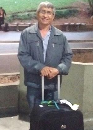 O aposentado José Felix de Souza não sabia como ia chegar em casa - Mirthyani Bezerra/UOL