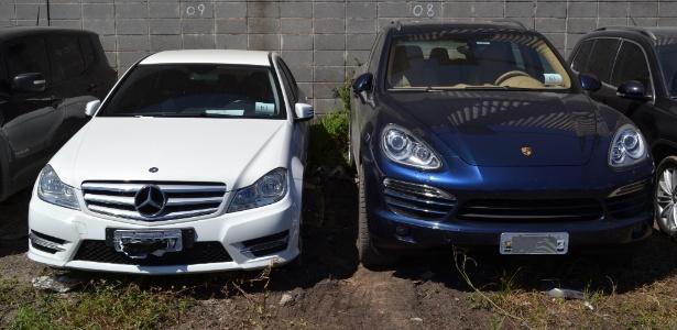 Carros de luxo apreendidos pela Polícia Federal