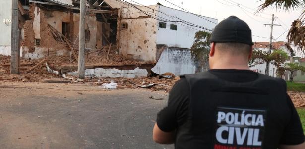 Ataque de criminosos deixou empresa de valores Rodoban parcialmente destruída