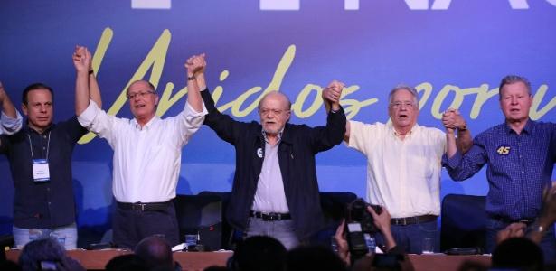 09.dez.2017- O ex-prefeito de SP, Doria, o então governador, Alckmin, o ex-presidente do PSDB, Alberto Goldman, o ex-presidente FHC e o prefeito de Manaus, Arthur Virgílio