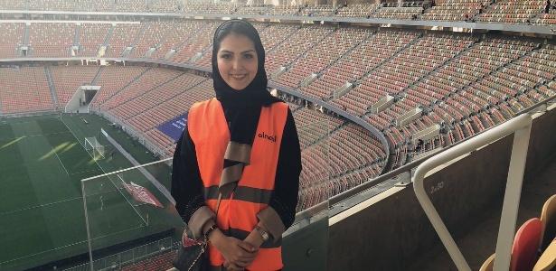 Sarah Algashgari participou da equipe que recepcionou as torcedoras no estádio