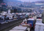 Faltam caminhoneiros nos Estados Unidos. E no Brasil? (Foto: RONALDO SILVA/FUTURA PRESS/FUTURA PRESS/ESTADÃO CONTEÚDO)