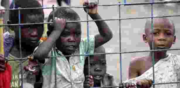 Conflitos armados afetam a saúde das crianças africanas mesmo após seu fim - S. Morrison/picture-alliance/dpa