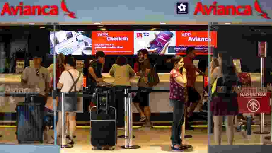 Check-in da Avianca no Aeroporto Internacional de São Paulo, em Guarulhos  - Diego Padgurschi /UOL