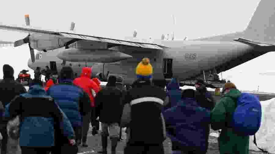 Avião Hércules C130 da Força Aérea do Chile, do mesmo modelo que sofreu acidente durante voo para a Antártida - Ivan Alvarado