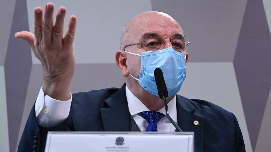 O deputado federal Osmar Terra (MDB-RS) presta depoimento à CPI da Covid - Edilson Rodrigues/Agência Senado
