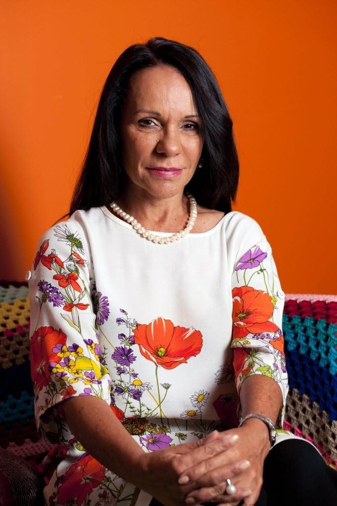 3.jul.2016 - A ex-professora Linda Burney fez história no sábado (2) na Austrália ao se tornar a primeira mulher aborígene eleita na câmara baixa do Parlamento nas eleições gerais australianas