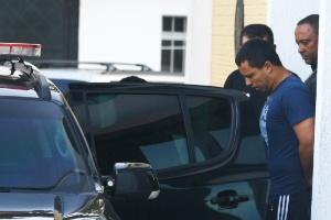 27.dez.2016 - Rogério Lins (PTN) foi transferido na terça-feira pela manhã para a Penitenciária do Tremembé