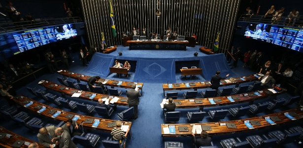Texto segue para o plenário do Senado