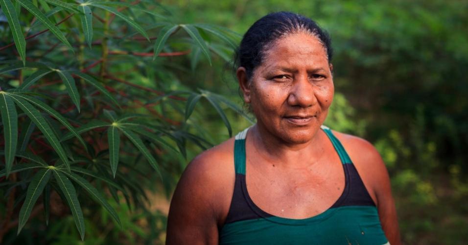 Rosa Moreira da Silva, conhecida como Rosa Boiote, foi expulsa da Serra do Centro e vive em chácara na zona periférica de Campos Lindos
