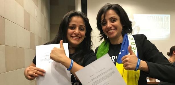 As irmãs Souad e Maha festejam o reconhecimento oficial como apátridas, em junho - ACNUR/Victoria Hugueney