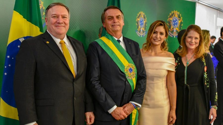 No Twitter, Pompeo postou foto tirada ao lado de Bolsonaro, Michelle e Susan durante a posse do presidente brasileiro - Reprodução/Twitter Secretary Pompeo