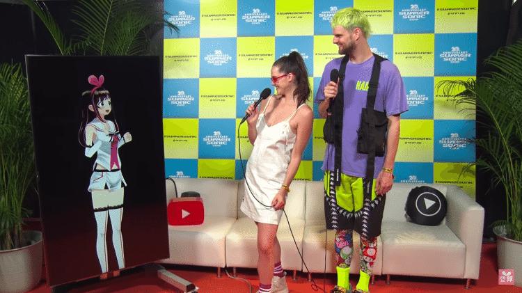 Kizuna Ai, a maior youtuber do Japão, conversa com o duo Sofi Tukker  - Reprodução/YouTube