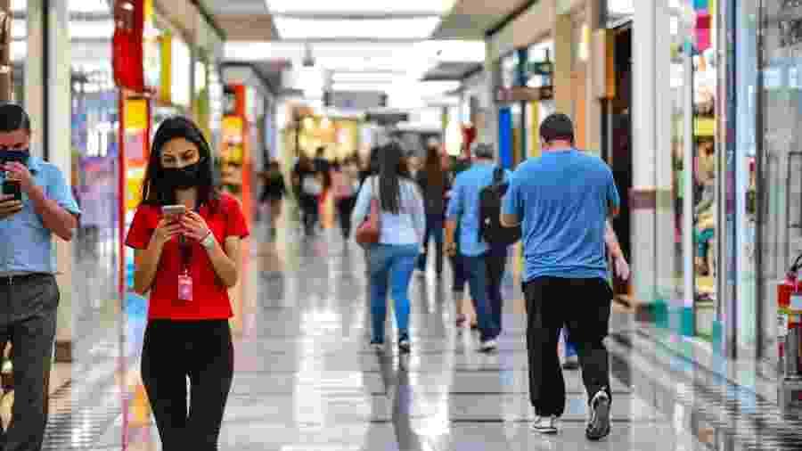 Movimento no Vale Sul Shopping, em São José do Campos, interior de São Paulo - Lucas Lacaz Ruiz/Estadão Conteúdo