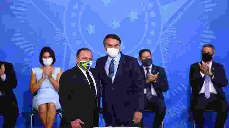 General Pazuello toma posse no ministério da Saúde ao lado do presidente Jair Bolsonaro - Marcelo Camargo/Agência Brasil - Marcelo Camargo/Agência Brasil