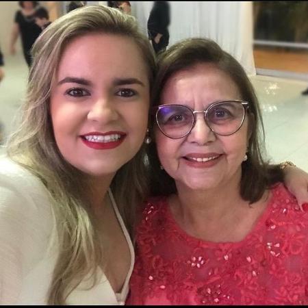 A enfermeira Suely Gurgel com a mãe Ivone; elas morreram de covid  - Arquivo Pessoal