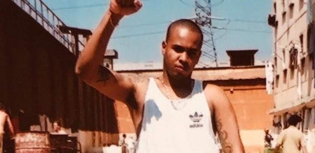 Notícias | Rebelião e cadáver no chão: memória do cárcere vira militância de rapper