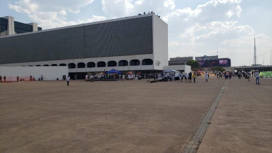 12.set.2021 - Manifestação conta com poucos participantes em Brasília - Eduardo Militão/UOL