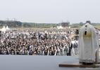 Papa finaliza viagem à Eslováquia com missa para multidão (Foto: HANDOUT/AFP)
