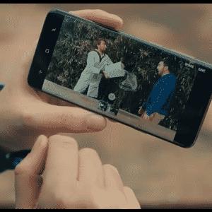 Tanto o S9 quanto o S9 Plus oferecem um divertido recurso de gravação em câmera lenta. - Reprodução/Samsung