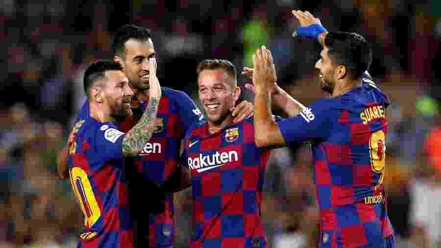 O Barcelona, que negociou Arthur com a Juventus, é o clube que mais arrecadou nesta janela - Albert Gea