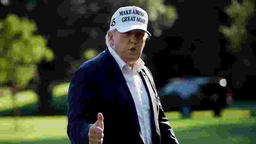 O presidente dos Estados Unidos, Donald Trump, retorna à Casa Branca após passar o fim de semana em Bedminster, Nova Jersey - Olivier Douliery/AFP