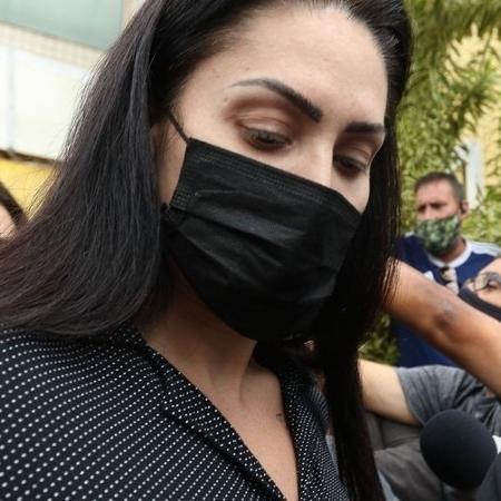 Até hoje, Monique Medeiros era defendida pela mesma equipe que Jairinho; segundo novo advogado, decisão partiu da professora e de sua família - Tania Rego/Agência Brasil