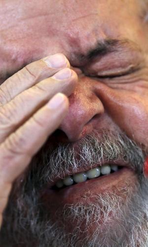 28.mar.2016 - O ex-presidente Lula durante entrevista para veículos de mídia internacionais concedida em hotel de São Paulo