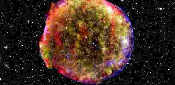 Reprodução da Nasa (Agência Especial Norte-Americana) mostra uma supernova semelhante as usadas para medir a expansão do Universo - Nasa via The New York Times