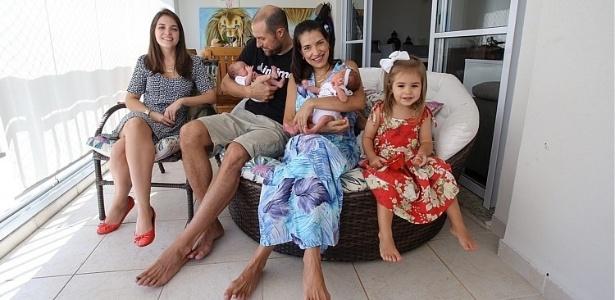 Francine Ferreira Freitas Gertner, de 42 anos, teve dois filhos recentemente